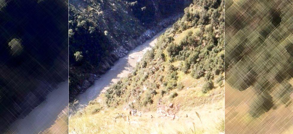 Jammu and Kashmir: 17 passengers killed as mini bus falls into gorge in Kishtwar (Photo- Twitter/@RepublicJammu)