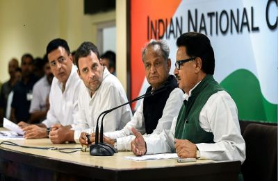 Congress leaders meet CAG to demand audit in Rafale 'scam'; BJP hits back