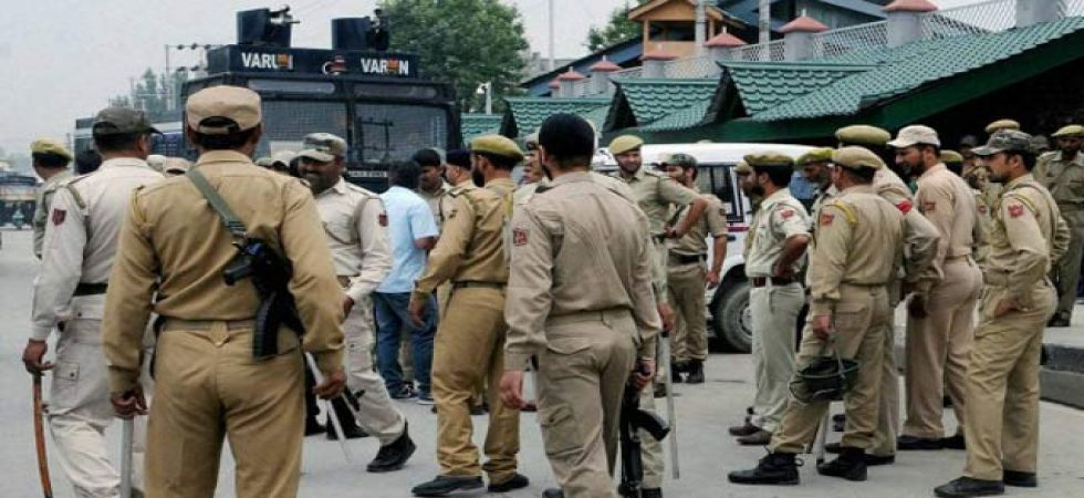 Militants abduct, kill three policemen in Jammu and Kashmir's Shopian (PTI/Representational Image)