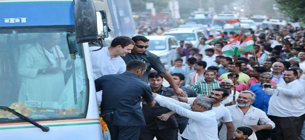 Congress President Rahul Gandhi is greeted by euphoric crowds on his way to Rewa, Madhya Pradesh on Thursday. (Photo: Twitter)