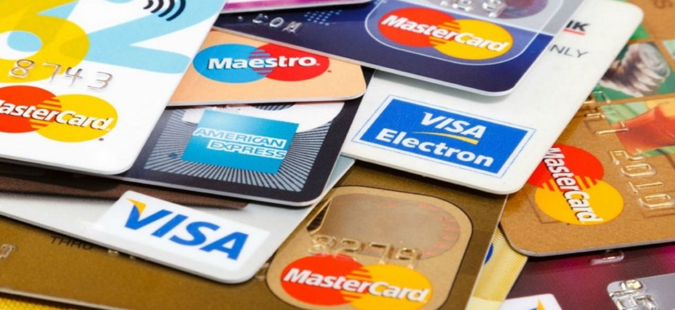 Bank Credit/Debit Cards to get blocked if you don't follow THESE steps before December 31 (Photo: Twitter)