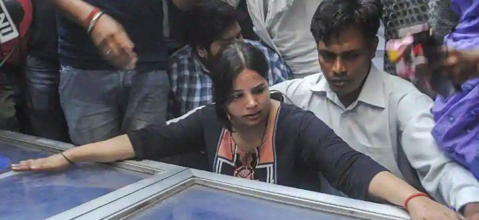 Vivek Tiwari's wife Kalpana (PTI Photo)
