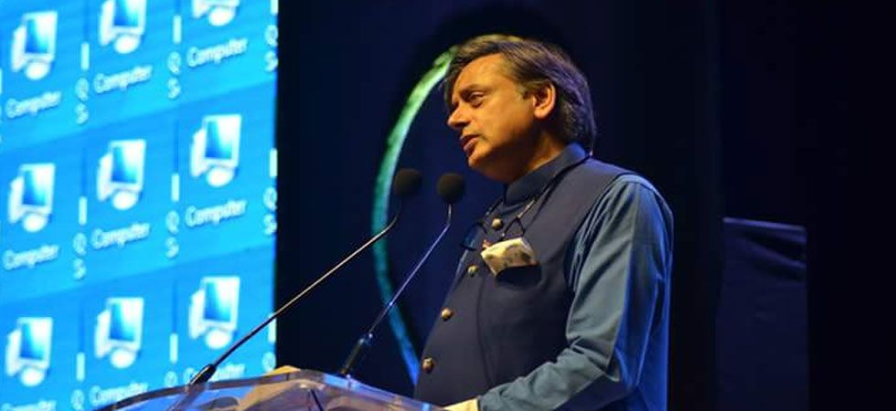 Is Modi-wave still evident? Here is what Shashi Tharoor thinks (Photo: Twitter/@ShashiTharoor)