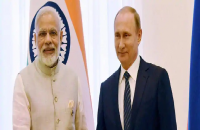 India-Russia Summit: Putin arrives in Delhi, likely to sign S-400 missile deal with India