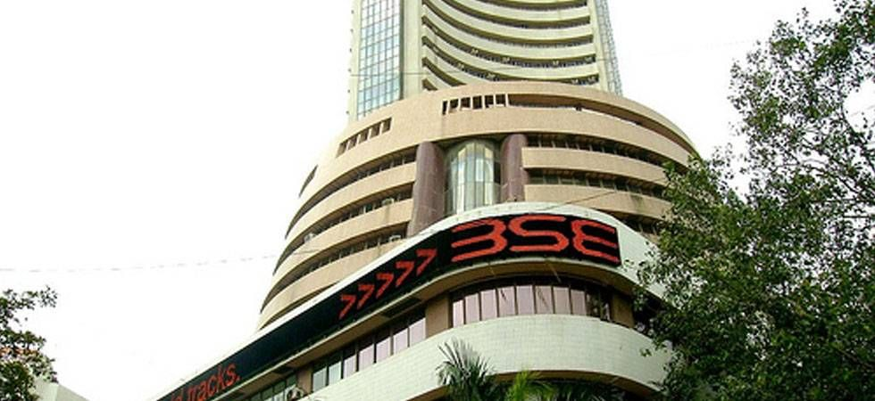 Sensex sinks 792 points as RBI keeps rate unchanged, closes below 35k-mark (File Photo)