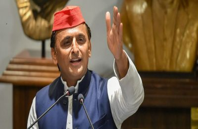 After Mayawati, Akhilesh Yadav dumps Congress in Madhya Pradesh