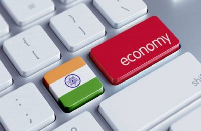 IMF projects India's growth at 7.3% in 2018 and 7.4%  in 2019