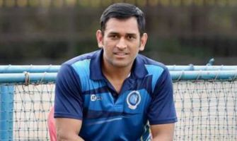MS Dhoni leaves Chairman of Selectors red-faced; Know WHY