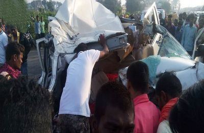 Chhattisgarh: Ten of a family dead as car rams into truck at Rajnandgaon