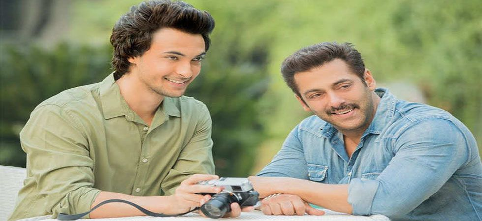 Is Salman Khan regretting for launching Aayush Sharma in 'Loveyatri'?  (Twitter)