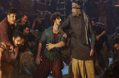 Thugs of Hindostan: In a first, Amitabh Bachchan and Aamir Khan dance together to Vashmalle