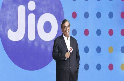 Reliance Jio festive bonanza: Free calling, unlimited data and 100% cashback