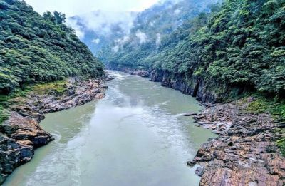 People living near Arunachal Pradesh's Siang river moved to safer places amid flood alert