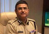 LIVE | Special CBI director Rakesh Asthana will not be arrested till Monday; Deputy SP Devender Kumar sent to 7 days CBI custody