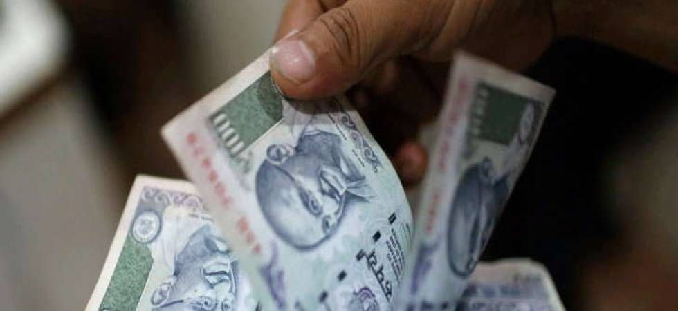 Rupee falls 17 paise to 73.44 against US dollar in early trade