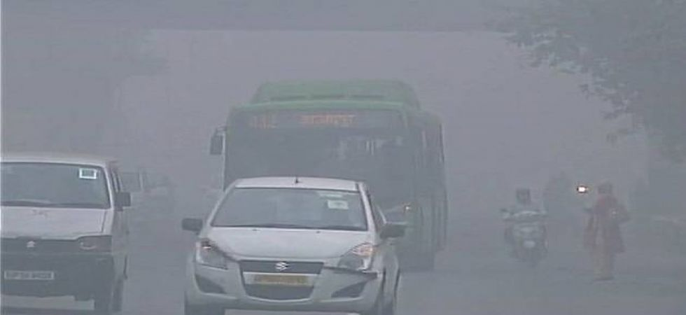 Avoid outdoor activities, minimize use of private vehicles: CPCB warns (File Photo)