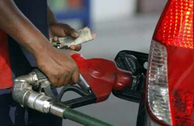 More cut in petrol, diesel prices in Delhi as Diwali nears