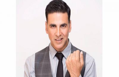 Akshay Kumar to reunite with R Balki, Fox Star Studios for 'Mission Mangal'