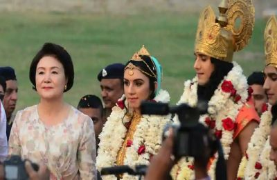 South Korea First Lady Kim Jung-Sook visits Taj Mahal