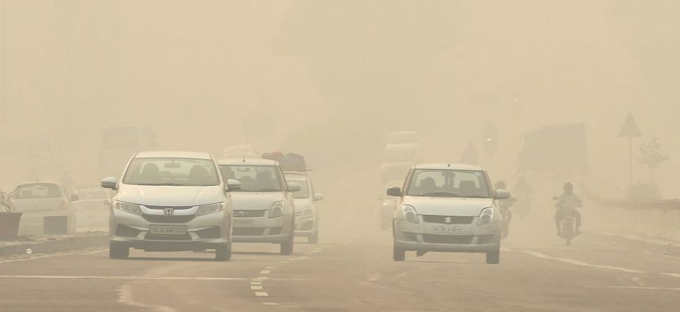 Delhi's air quality improves but still in 'severe' category (Photo Source: PTI)