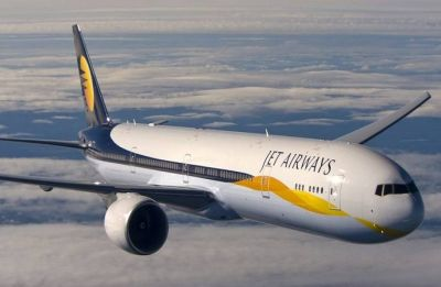 Cash-strapped Jet Airways in talks with interested parties for stake sale, funding