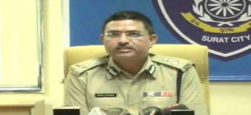 CBI officer probing FIR against Special Director Rakesh Asthana moves Supreme Court, denied urgent hearing