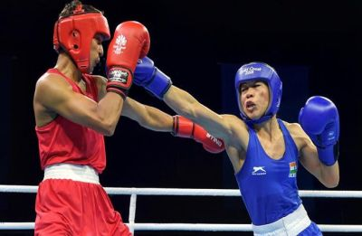 Amitabh Bachchan, Priyanka Chopra pour congratulatory wishes on Mary Kom's sixth gold win