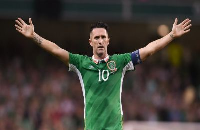 Ireland footballing icon Keane hangs up boots