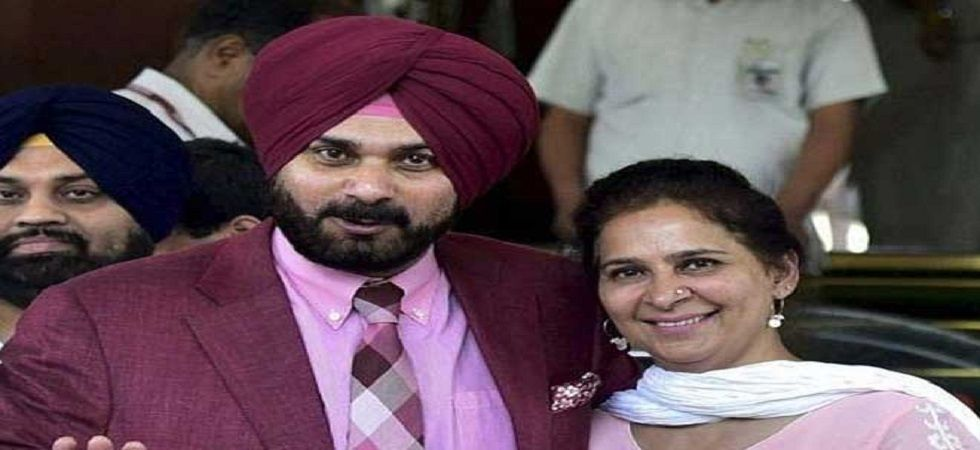 Punjab minister Navjot Singh Sidhu with wife Navjot Kaur Sidhu. (PTI/file)