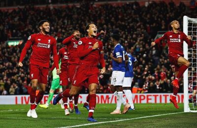 Liverpool secure freakish win to close gap with Manchester City, Arsenal defeat Tottenham Hotspur