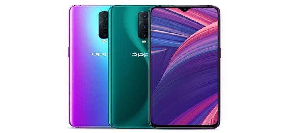Oppo R17 Pro comes with a larger display of 6.4-inch full-HD+ (1080x2340 pixels) AMOLED display with a waterdrop-style notch (Photo: Twitter)