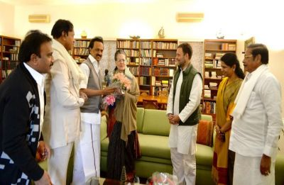 Sonia Gandhi turns 72, inundated with birthday wishes from across party lines