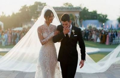 Priyanka Chopra and Nick Jonas on a honeymoon? Their Instagram picture says so