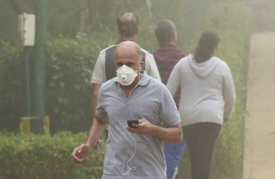 Delhi Pollution: Air quality 'poor', AQI recorded at 232