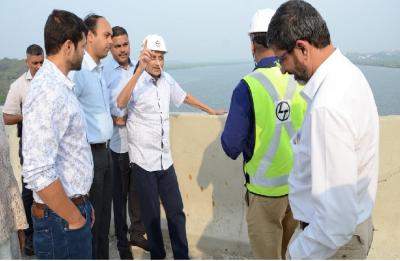 In first public appearance since October 14, ailing Goa CM Manohar Parrikar inspects two bridges