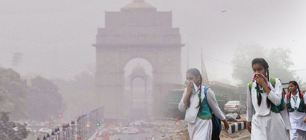 The past Thursday, the national capital recorded its best air quality in the moderate category in over two months after rains washed away pollutants before slipping into the 'poor' category on Friday. (File photo)