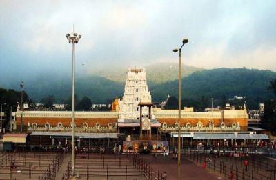 Vaikunta Ekadasi Day 2018: 1.5 lakh people throng Shri Venkateswara Temple in Tirumala