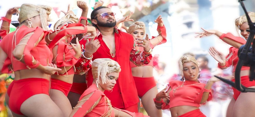 Singing sensation Yo Yo Honey Singh is making a comeback with his new single Makhna. The song will be released on December 21.