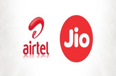 Reliance Jio vs Airtel: Best prepaid data pack under Rs 300