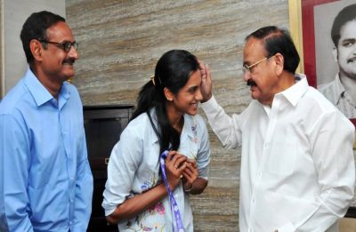 Vice-President M Venkaiah Naidu all-praise for P V Sindhu
