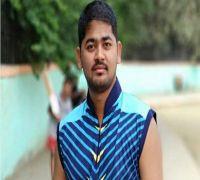 Video | Mumbai: 24-year-old cricketer Vaibhav Kesarkar dies after suffering heart attack on field