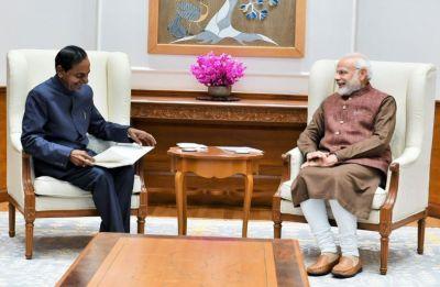 Amid talks of federal front, KCR meets PM Narendra Modi in New Delhi