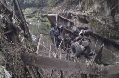 2 dead, 2 injured as 10-year-old Dehradun bridge Tons River collapses