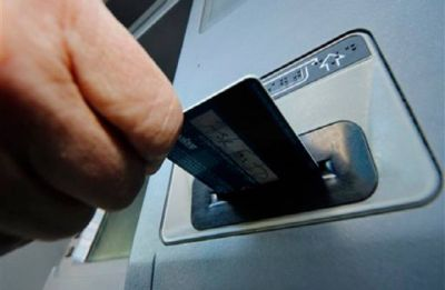 Is India finally going cashless? Number of ATMs declines by 1,000 to 2.07 lakh: RBI Report