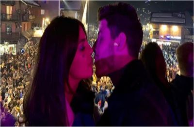 Priyanka Chopra and Nick Jonas ring in New Year with a kiss, see pictures