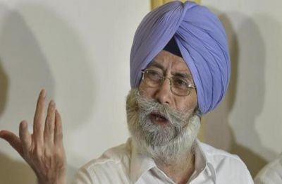Advocate HS Phoolka resigns from AAP, to brief media today