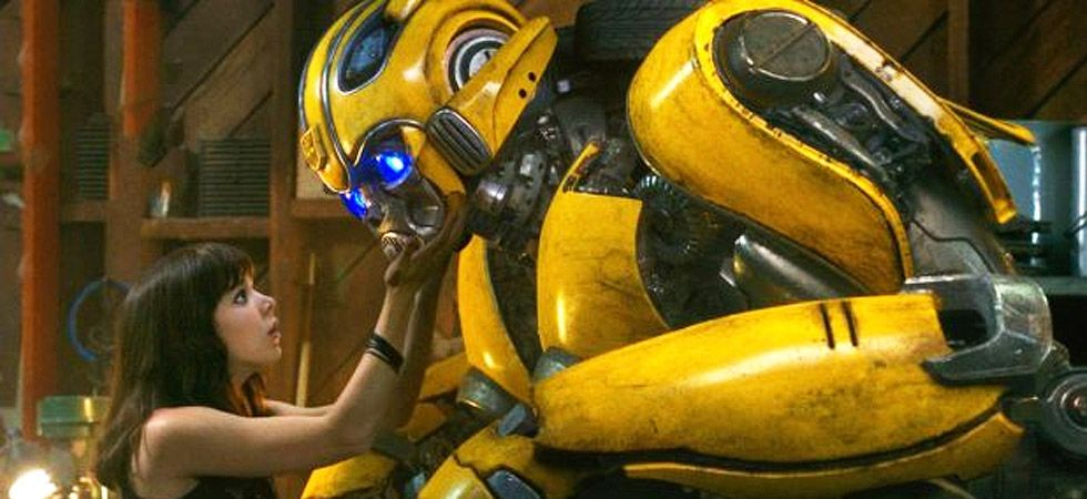 Hailee Steinfeld's bond with Autobot Bumblebee is the highlight of the film/ Image: Film poster