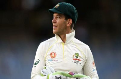 Tim Paine answers reporter's phone during press conference, replies 'Check your Emails'