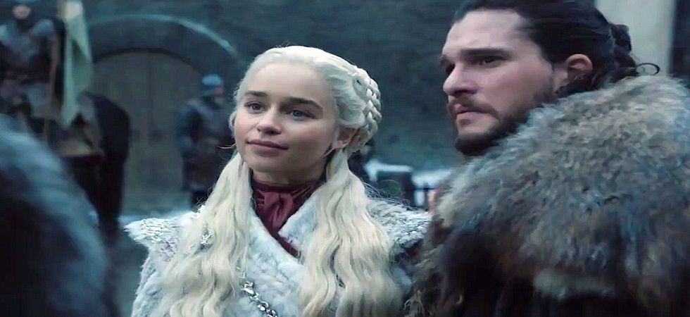 Sansa hands Winterfell to Daenerys in first footage of GOT 8 (Photo: Twitter)