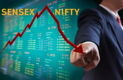 Closing Bell: Sensex drops 106 points on weak global cues, Nifty below 10,900